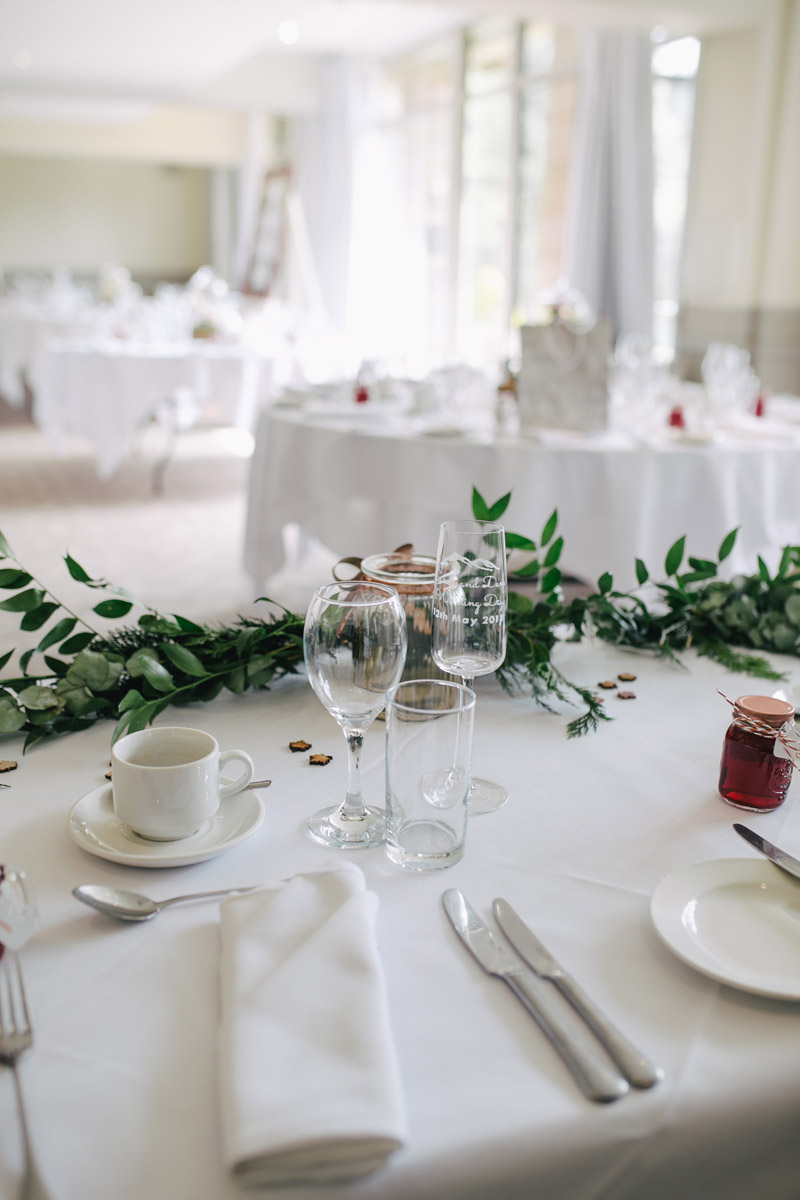 Wedding table setting for the bridal party - Ceremonies Image1